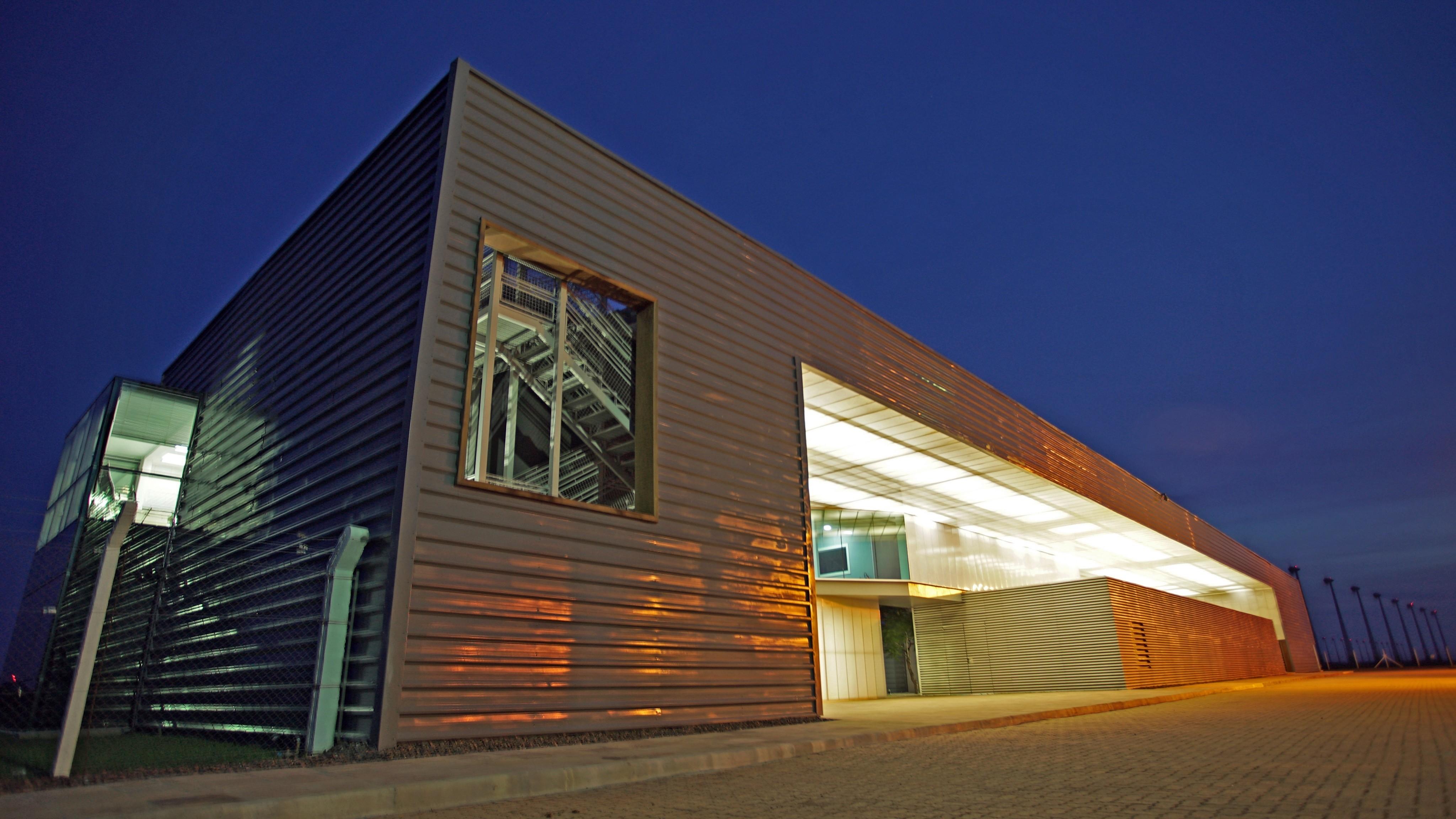 Centro de control en los parques eólicos de Osório. Brasil