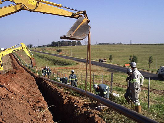 Construcción de gaseoducto en Canelinha/SC. Brasil