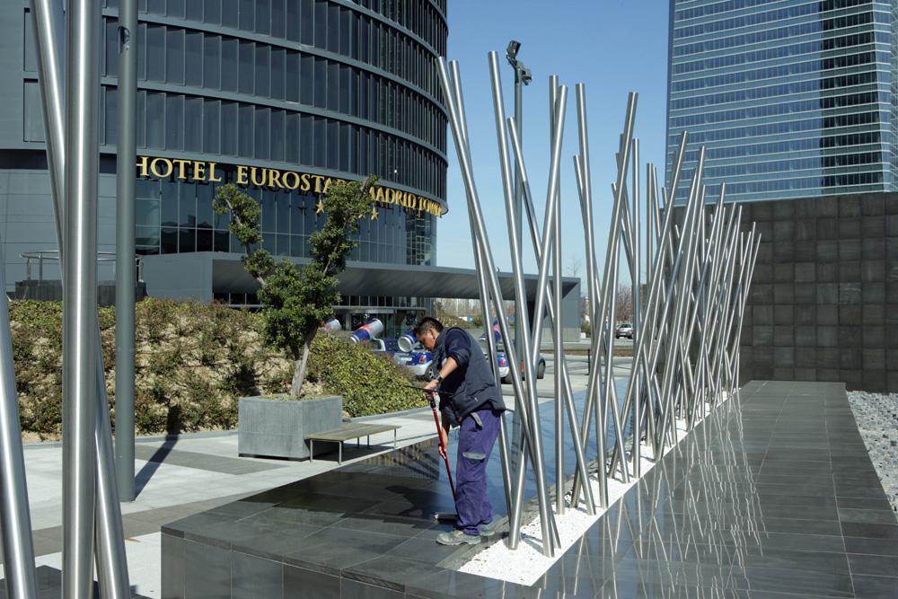 Maintenance d'un complexe de 4 tours sur le paseo de la Castellana. Madrid